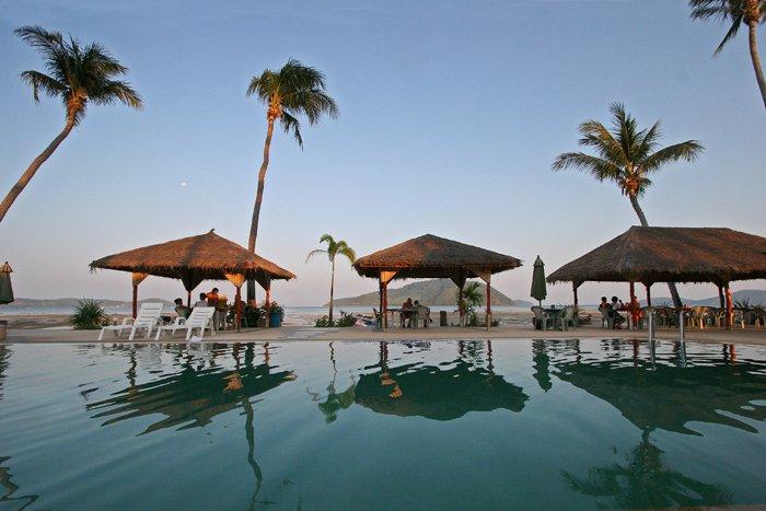 Friendship Beach Resort  phuket best nightlife nightclubs
