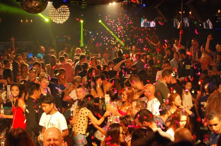 Ночные клубы hollywood лучшие ночные клубы рязань
