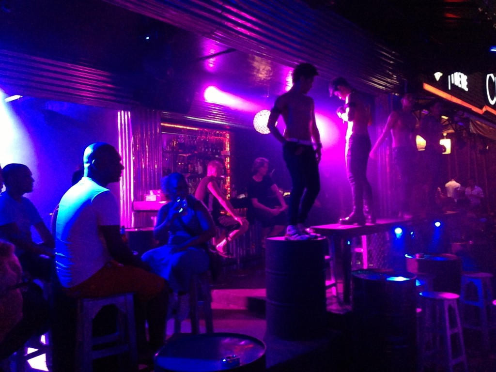 hot gay clubs